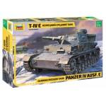 ZVEZDA 1/35 Panzer lV Ausf. E