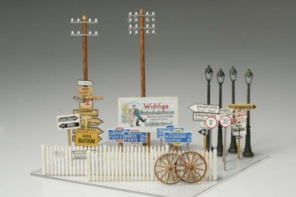 TAMIYA 1/48 Road Sign Set